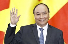 Premier de Vietnam parte de Hanoi para asistir a Cumbre ASEAN-India