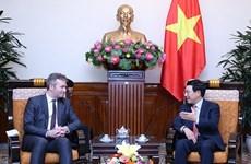 Francia prioriza fomento de nexos con Vietnam