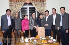 Presidenta del Parlamento felicita a pobladores de Ha Giang en ocasión del Tet