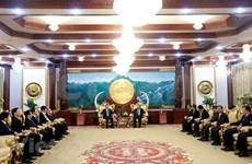 Máximo dirigente de Laos recibe al ministro vietnamita de Seguridad Pública