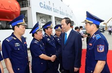 Presidente vietnamita felicita a policías marítimas en ocasión del Tet