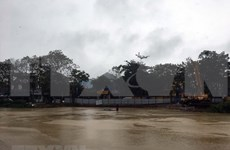 Miles personas se evacuan de Yakarta por inundaciones