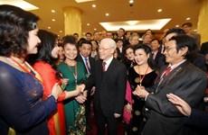 Máximo dirigente partidista de Vietnam da bienvenida a expatriados