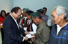 Premier vietnamita reitera atención del Gobierno al mejoramiento de vida de minorías étnicas