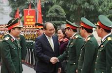 Premier vietnamita resalta trabajo de Comandancia de Hanoi