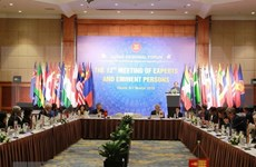 Expertos y personalidades de ARF intercambian en Hanoi sobre seguridad regional