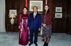 Jacinda Ardern preside acto de bienvenida al primer ministro vietnamita