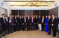 Premier vietnamita dialoga con empresarios e intelectuales coterráneos en Australia