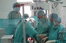 Tailandeses ofrecen donación a pacientes con escasos recursos de Ciudad Ho Chi Minh