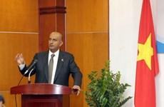 Vietnam y Omán concretan medidas para intensificar cooperación comercial
