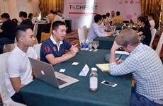Empresas emprendedoras vietnamitas buscan captar inversiones extranjeras