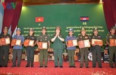 Entregan premios a ganadores de concurso de escritura sobre relaciones Vietnam-Camboya