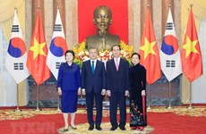 Presidente de Sudcorea concluye visita estatal a Vietnam