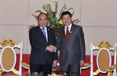 Vietnam y Laos acuerdan impulsar la implementación de acuerdos sellados