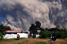 Indonesia cierra aeropuerto por actividades volcánicas