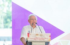 Primer ministro de Malasia presenta programa electoral