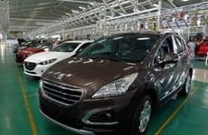 Importaciones automovilísticas de Vietnam se disparan en marzo