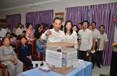 Vietnamitas en Camboya apoyan a los soldados y pobladores de Truong Sa