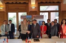Vietnam y Francia cooperarán en conservación de geoparques