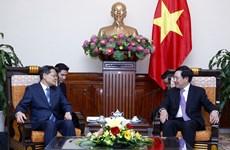 Vicepremier vietnamita invita inversiones de Guangxi de China en desarrollo de infraestructura