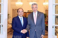 Premieres de Vietnam y Singapur acuerdan elevar nexos bilaterales a nueva altura