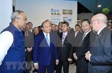 Premier vietnamita aboga por agilizar cooperación con Singapur para apoyar a emprendedores