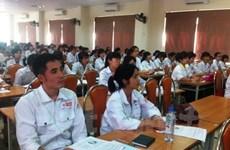 Vietnam eleva rol de sindicatos en asistencia a los trabajadores en ultramar