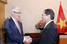 Vietnam y región belga de Flandes por fomentar colaboración en diversos sectores