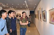 Celebran en Ciudad Ho Chi Minh exposición internacional de acuarelas