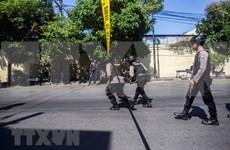 Indonesia detiene a sospechosos vinculados con atentados suicidas en Surabaya