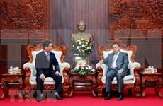Frentes de la Patria de Vietnam y Laos fomentan cooperación