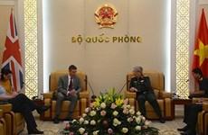 Vietnam impulsa cooperación en defensa con Reino Unido, Israel y Sudáfrica