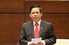 Mayoría de diputados vietnamitas satisfacen con respuestas del ministro de Transporte