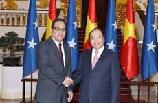 Premier de Vietnam exhorta a impulsar nexos comerciales e inversionistas con Micronesia