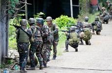 Ejército de Filipinas se enfrenta con rebeldes terroristas en Marawi