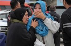 Aumentan a 180 el número de desaparecidos por naufragio en Indonesia