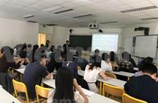 Vietnamitas en Francia intercambian experiencias sobre desarrollo financiero – bancario