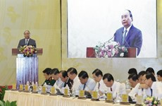 Premier vietnamita exhorta a aumentar el Producto Bruto Interno Regional