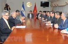 El Salvador y Vietnam interesados en estrechar lazos entre partidos gobernantes