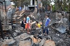 Comunidad vietnamita en Camboya ayuda a víctimas de incendio
