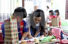 Continúan jóvenes vietnamitas residentes en exterior su recorrido en tierra natal