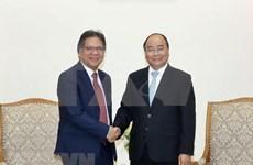 Premier de Vietnam alaba experiencias de Malasia en reforma institucional