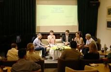 Artistas de Vietnam y Chile discuten en torno al arte contemporáneo