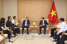 Vietnam aspira a adquirir experiencias de banco alemán sobre modelos de ahorro