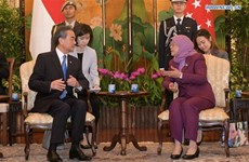 Singapur y China decididos a estrechar cooperación