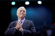 Fallece el senador McCain, quien dio aportes al fomento de nexos Vietnam-EE. UU.