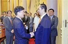 Presidente de Vietnam recibe a delegación empresarial japonesa