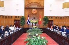 Vietnam decidido a consolidar lazos con Cuba a pesar de cualquier circunstancia