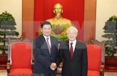 Máximo dirigente partidista recibe al premier laosiano en marco de FEM-ASEAN