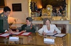 Vietnam y Francia firman declaración de visión conjunta sobre cooperación en defensa